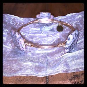 Dalmatian jasper wire bracelet